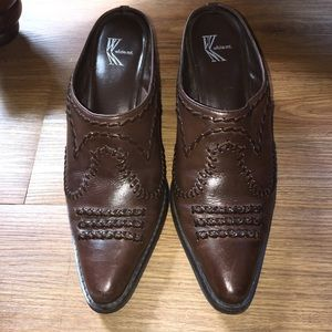White mountain western style mules